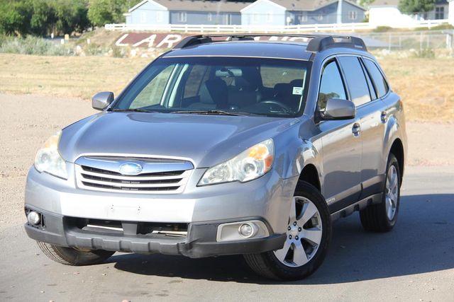 2011 Subaru Outback 2.5i Prem AWP Santa Clarita, CA 4