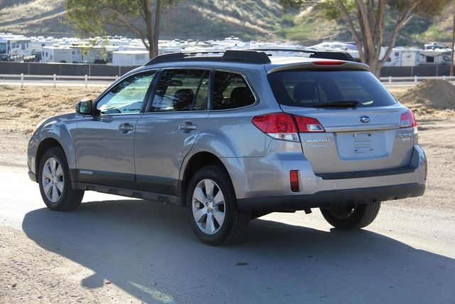 2011 Subaru Outback 2.5i Prem AWP Santa Clarita, CA 5