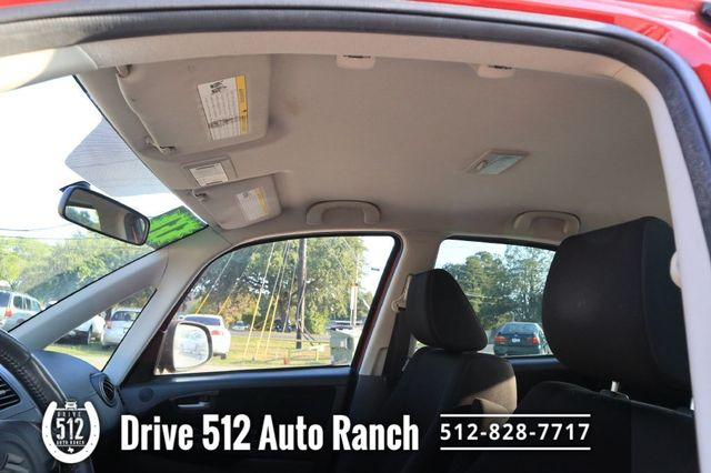 2011 Suzuki SX4 GAS SAVER NICE CAR in Austin, TX 78745