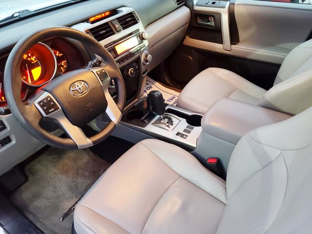 "2011 Toyota 4Runner SR5 4X4 PREMIUM PKG W/LEATHER/SUNROOF/20"" in Louisville, TN 37777"