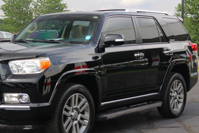2011 Toyota 4Runner Limited 4X4- NAVIGATION - SUNROOF - HEATED LEATHER Mooresville , NC 26