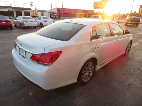 2011 Toyota Avalon Limited | Abilene, Texas | Freedom Motors  in Abilene, Texas