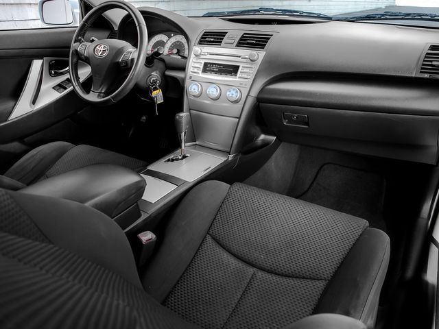 2011 Toyota Camry SE Burbank, CA 11