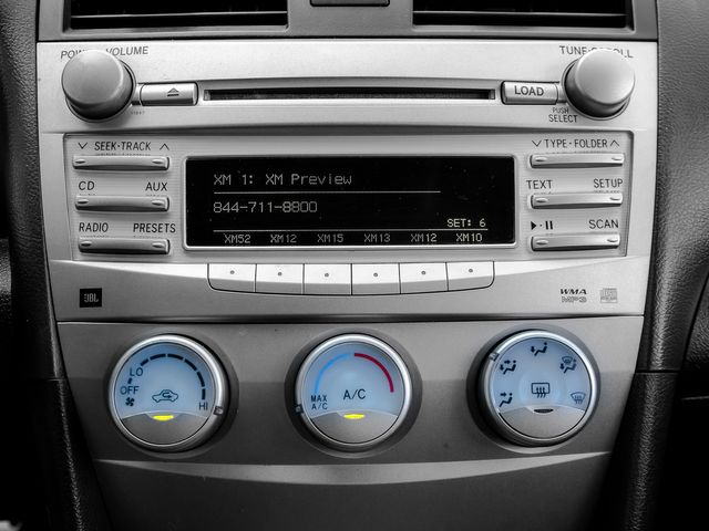 2011 Toyota Camry SE Burbank, CA 21