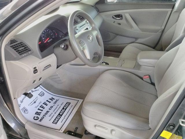 2011 Toyota Camry LE Houston, Mississippi 6