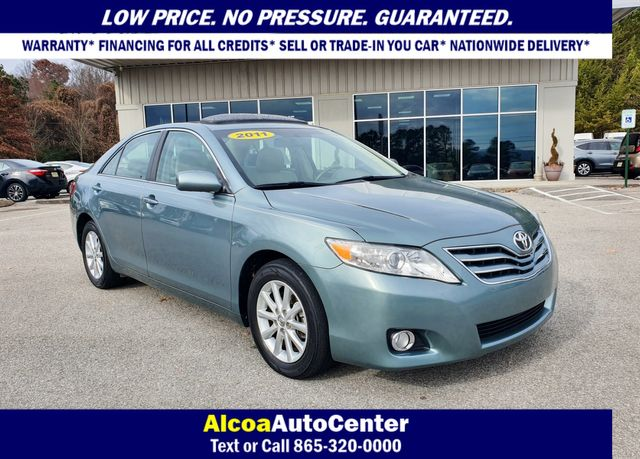 2011 Toyota Camry XLE w/Navigation in Louisville, TN 37777