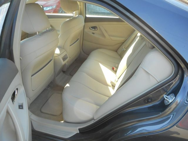 2011 Toyota Camry LE New Windsor, New York 13