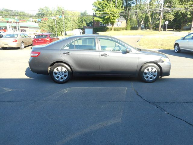 2011 Toyota Camry LE New Windsor, New York 6