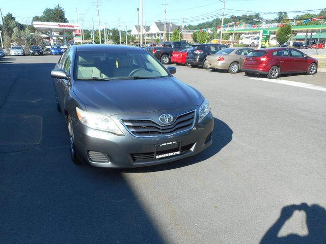 2011 Toyota Camry LE New Windsor, New York 7