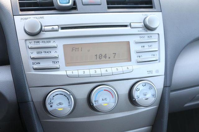 2011 Toyota Camry LE Santa Clarita, CA 18