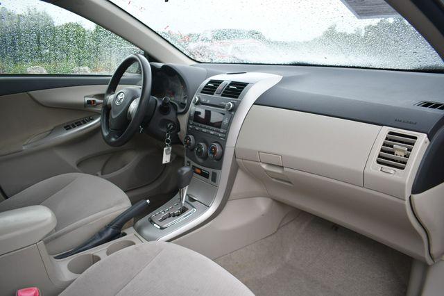 2011 Toyota Corolla LE Naugatuck, Connecticut 11