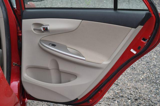 2011 Toyota Corolla LE Naugatuck, Connecticut 13