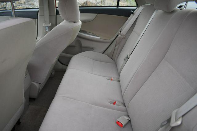 2011 Toyota Corolla LE Naugatuck, Connecticut 16