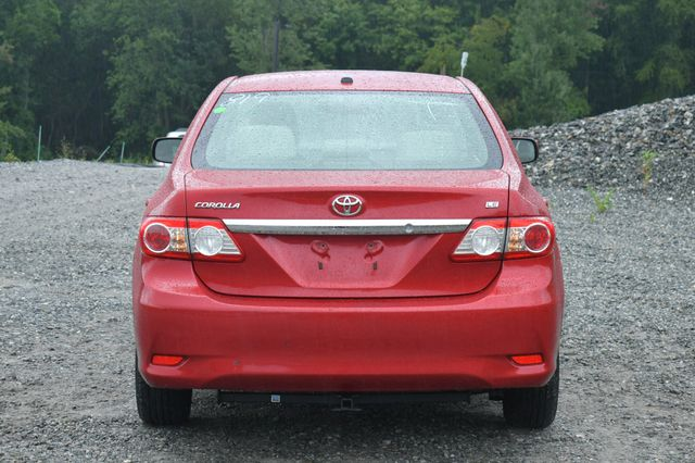 2011 Toyota Corolla LE Naugatuck, Connecticut 5