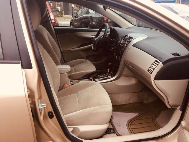 2011 Toyota Corolla LE New Brunswick, New Jersey 21