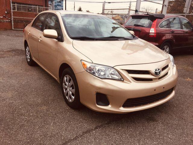 2011 Toyota Corolla LE New Brunswick, New Jersey 5