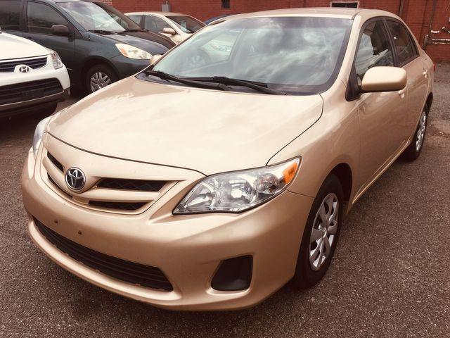 2011 Toyota Corolla LE New Brunswick, New Jersey 4