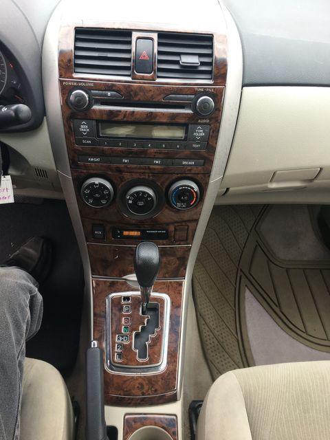 2011 Toyota Corolla LE New Brunswick, New Jersey 10