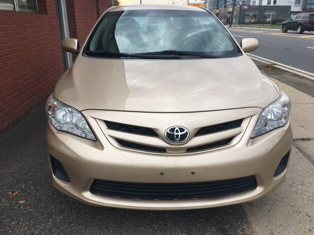 2011 Toyota Corolla LE New Brunswick, New Jersey 3