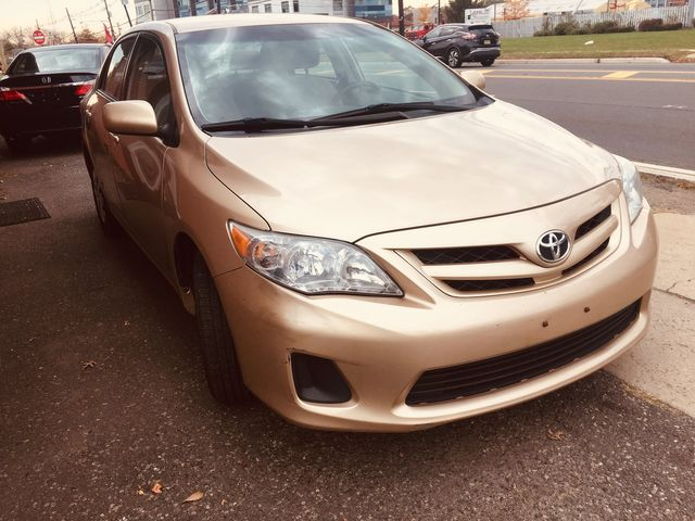 2011 Toyota Corolla LE New Brunswick, New Jersey 2