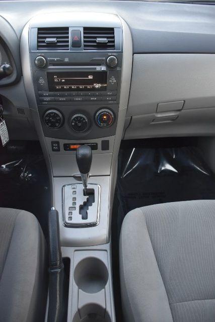 2011 Toyota Corolla 4dr Sdn Auto LE Waterbury, Connecticut 23