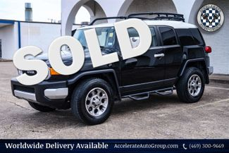 2011 Toyota FJ Cruiser VERY NICE! in Rowlett