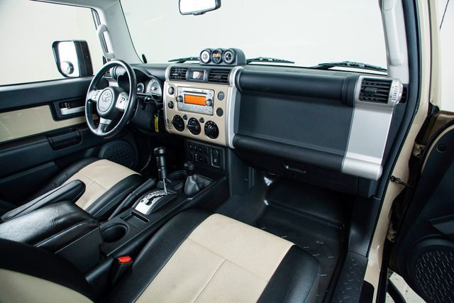 2011 Toyota FJ Cruiser 4WD in Plano, TX 75075