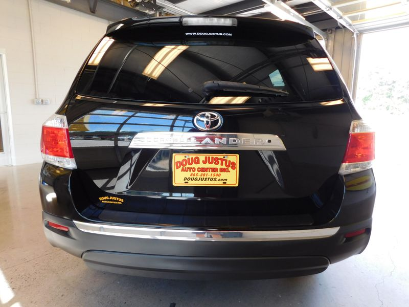 2011 Toyota Highlander Base  city TN  Doug Justus Auto Center Inc  in Airport Motor Mile ( Metro Knoxville ), TN