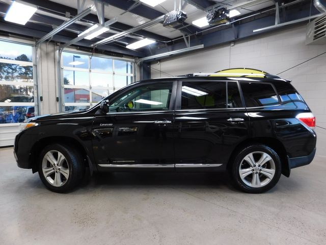 2011 Toyota Highlander Limited in Airport Motor Mile ( Metro Knoxville ), TN 37777