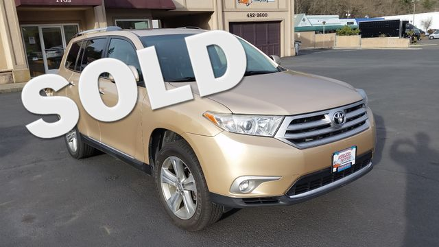 2011 Toyota Highlander Limited 4WD | Ashland, OR | Ashland Motor Company in Ashland OR