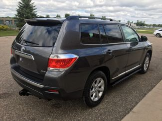 2011 Toyota Highlander Base Farmington, MN 1
