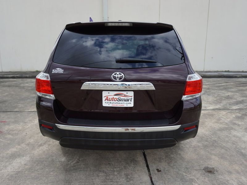 2011 Toyota Highlander Base  city LA  AutoSmart  in Harvey, LA
