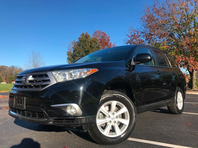 2011 Toyota Highlander Base in Leesburg Virginia, 20175