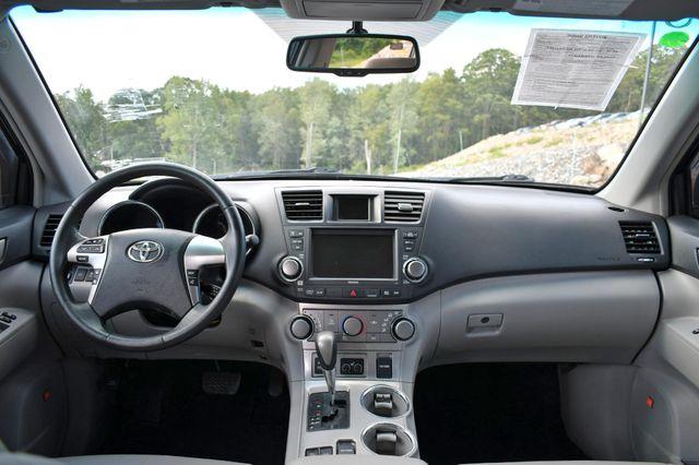 2011 Toyota Highlander SE Naugatuck, Connecticut 16