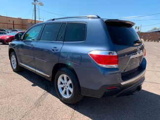 2011 Toyota Highlander SE 3 MONTH/3,000 MILE NATIONAL POWERTRAIN WARRANTY Mesa, Arizona 2
