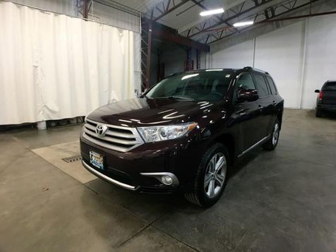 2011 Toyota Highlander Limited in Victoria, MN