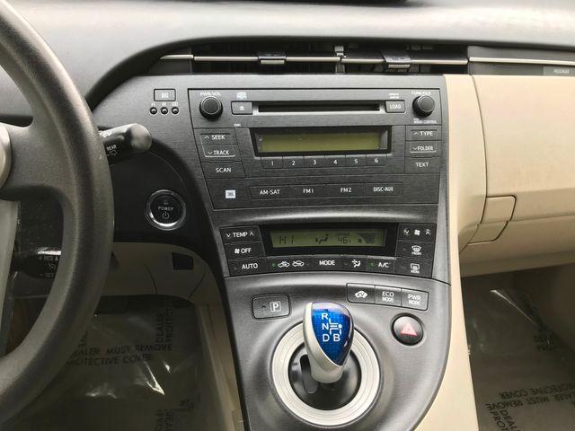 2011 Toyota Prius III Farmington, MN 4