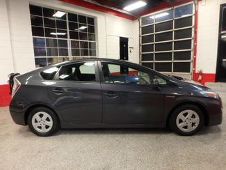 2011 Toyota Prius Four, B/U Camera HEATED LEATHER, MOONROOF W/ BIKE RACK HITCH Saint Louis Park, MN 1