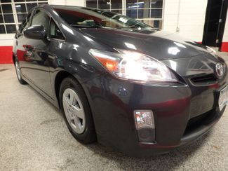 2011 Toyota Prius Four, B/U Camera HEATED LEATHER, MOONROOF W/ BIKE RACK HITCH Saint Louis Park, MN 18