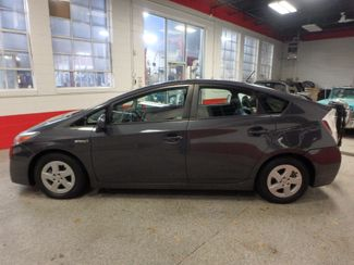 2011 Toyota Prius Four, B/U Camera HEATED LEATHER, MOONROOF W/ BIKE RACK HITCH Saint Louis Park, MN 6