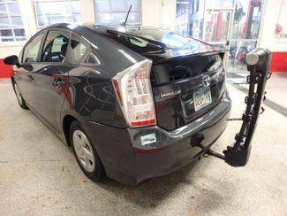 2011 Toyota Prius Four, B/U Camera HEATED LEATHER, MOONROOF W/ BIKE RACK HITCH Saint Louis Park, MN 7
