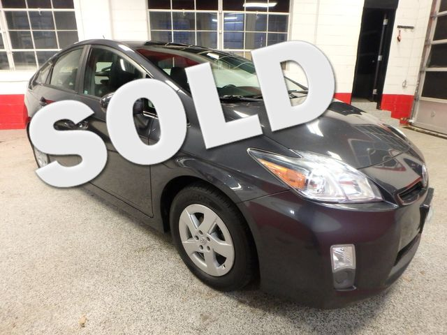 2011 Toyota Prius Four, B/U Camera HEATED LEATHER, MOONROOF W/ BIKE RACK HITCH Saint Louis Park, MN