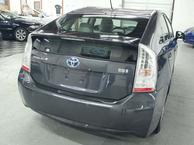 2011 Toyota Prius Three Kensington, Maryland 11