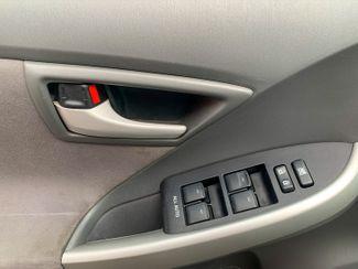2011 Toyota Prius III Maple Grove, Minnesota 16