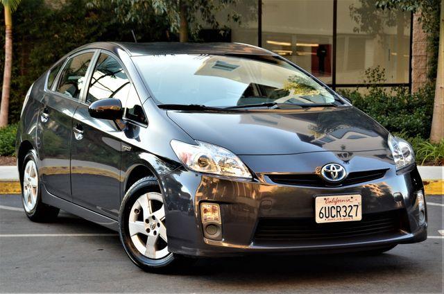 2011 Toyota Prius III in Reseda, CA, CA 91335