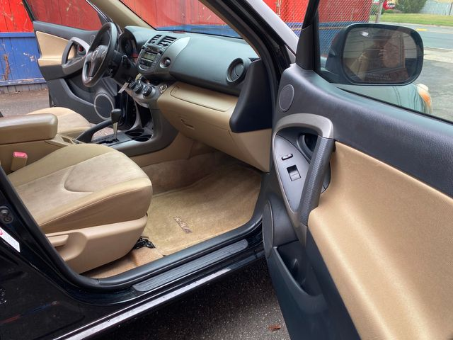 2011 Toyota RAV4 LE New Brunswick, New Jersey 16