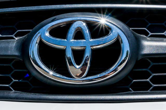2011 Toyota RAV4 Reseda, CA 46