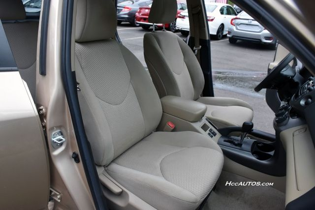 2011 Toyota RAV4 4WD 4dr 4-cyl 4-Spd AT Waterbury, Connecticut 18