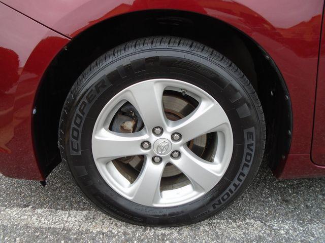 2011 Toyota Sienna LE in Alpharetta, GA 30004