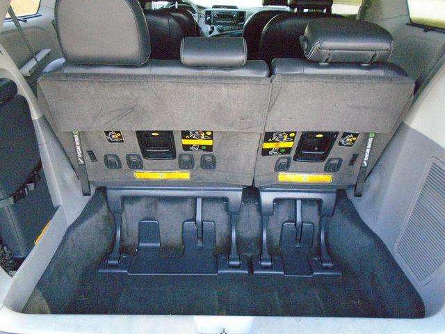 2011 Toyota Sienna SE in Alpharetta, GA 30004